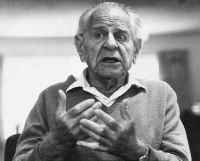 (GERMANY OUT) *28.07.1902-17.09.1994+Wissenschaftler, Philosoph, GrossbritannienPorträt- 25.06.1987 (Photo by Prange/ullstein bild via Getty Images)
